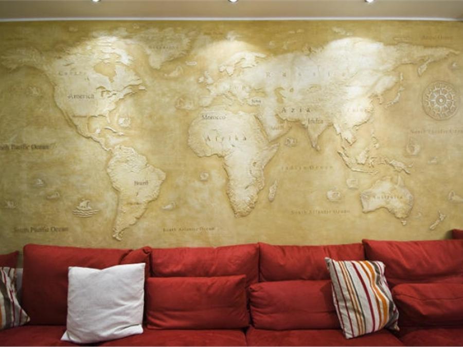 барельеф карта мира
