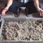 добавление песка в корыто