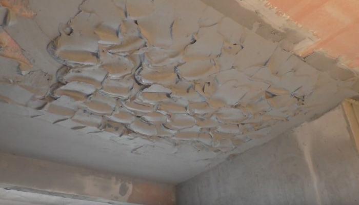 штукатурка потолка цементной штукатуркой