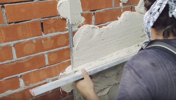 Оштукатуривание кирпичной поверхности цементным раствором бетон купить в пскове с доставкой