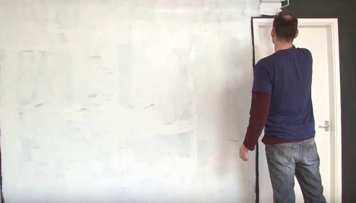 Покраска стены поверх магнитной штукатурки