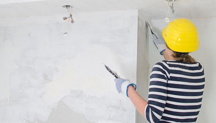 Выравнивание стен шпатлевкой